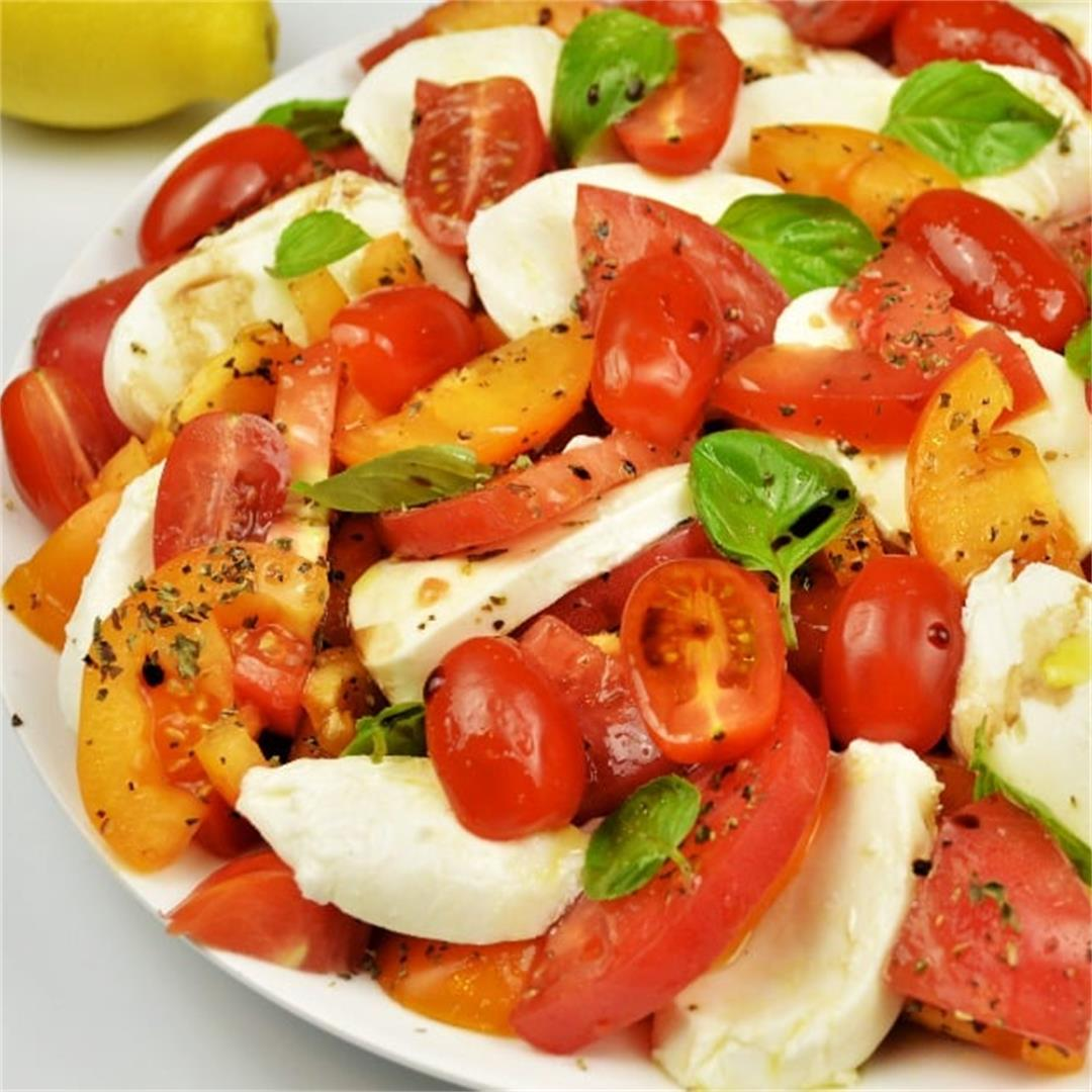 Best Tomatoes Caprese Salad Recipe-With Basil and Mozzarella