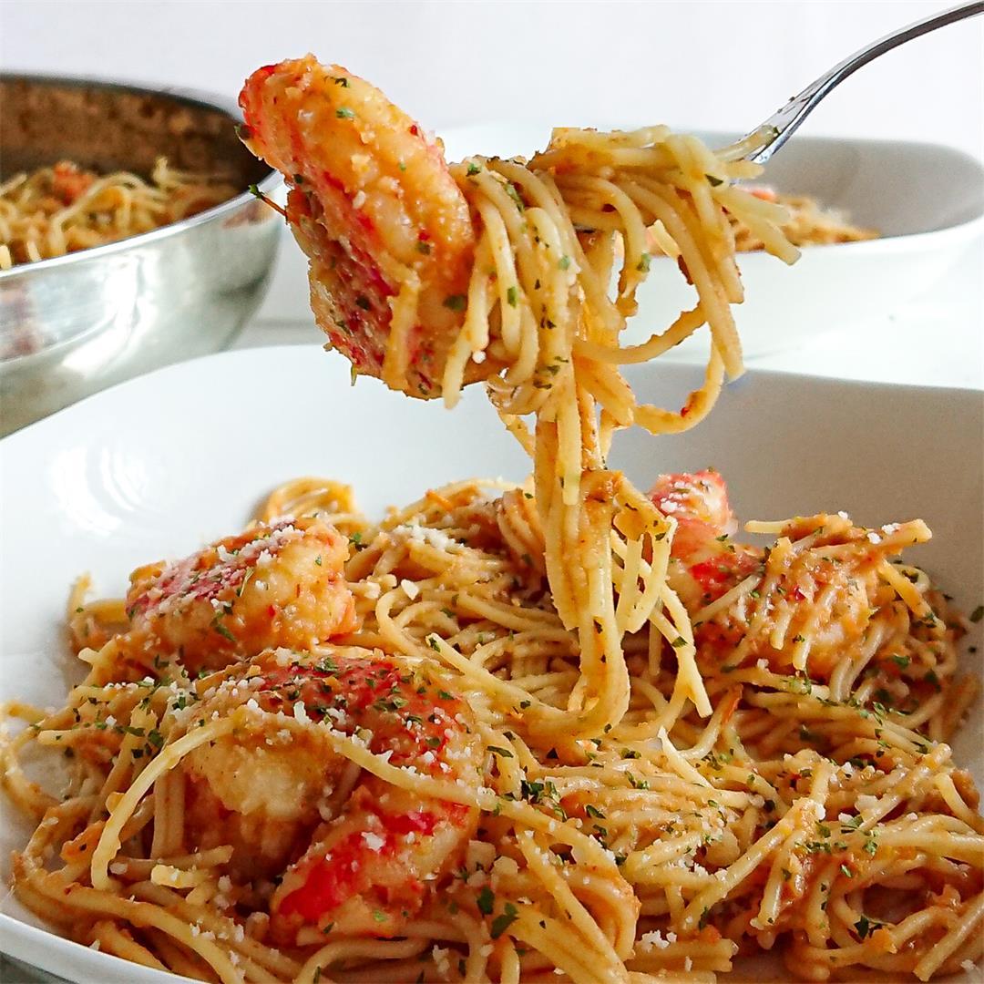 Shrimp pasta recipe with tomato sauce