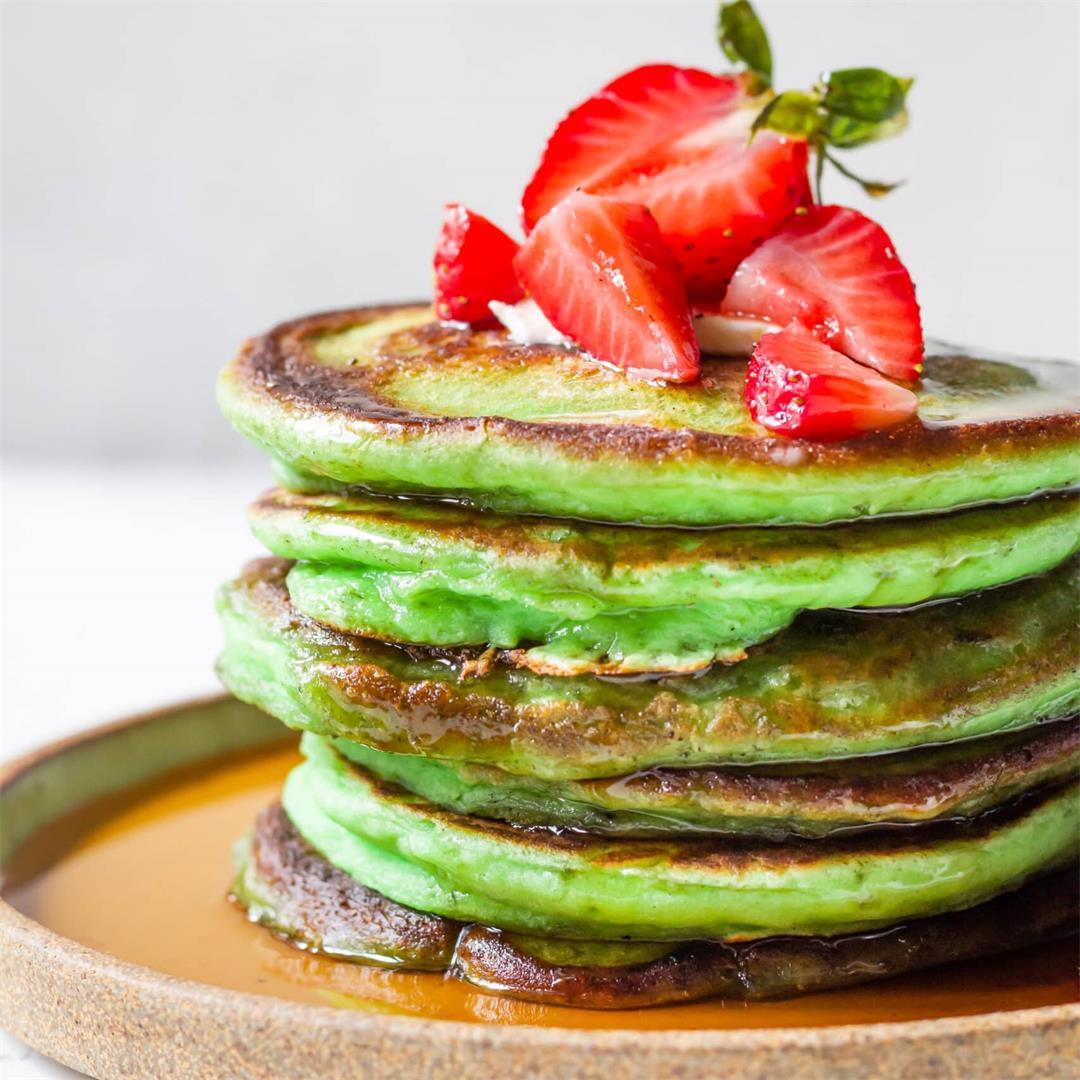 Gluten Free Pandan Mochi Pancakes
