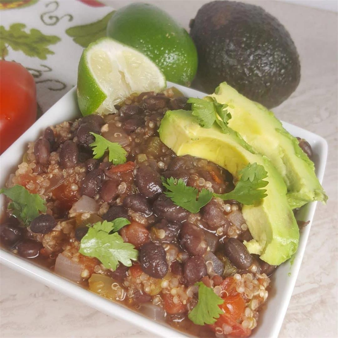 Healthy Pressure Cooker Cuban Black Bean Quinoa Bowls