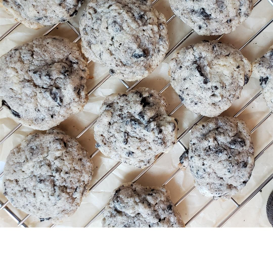 Dairy Free Cookies and Cream Cookies