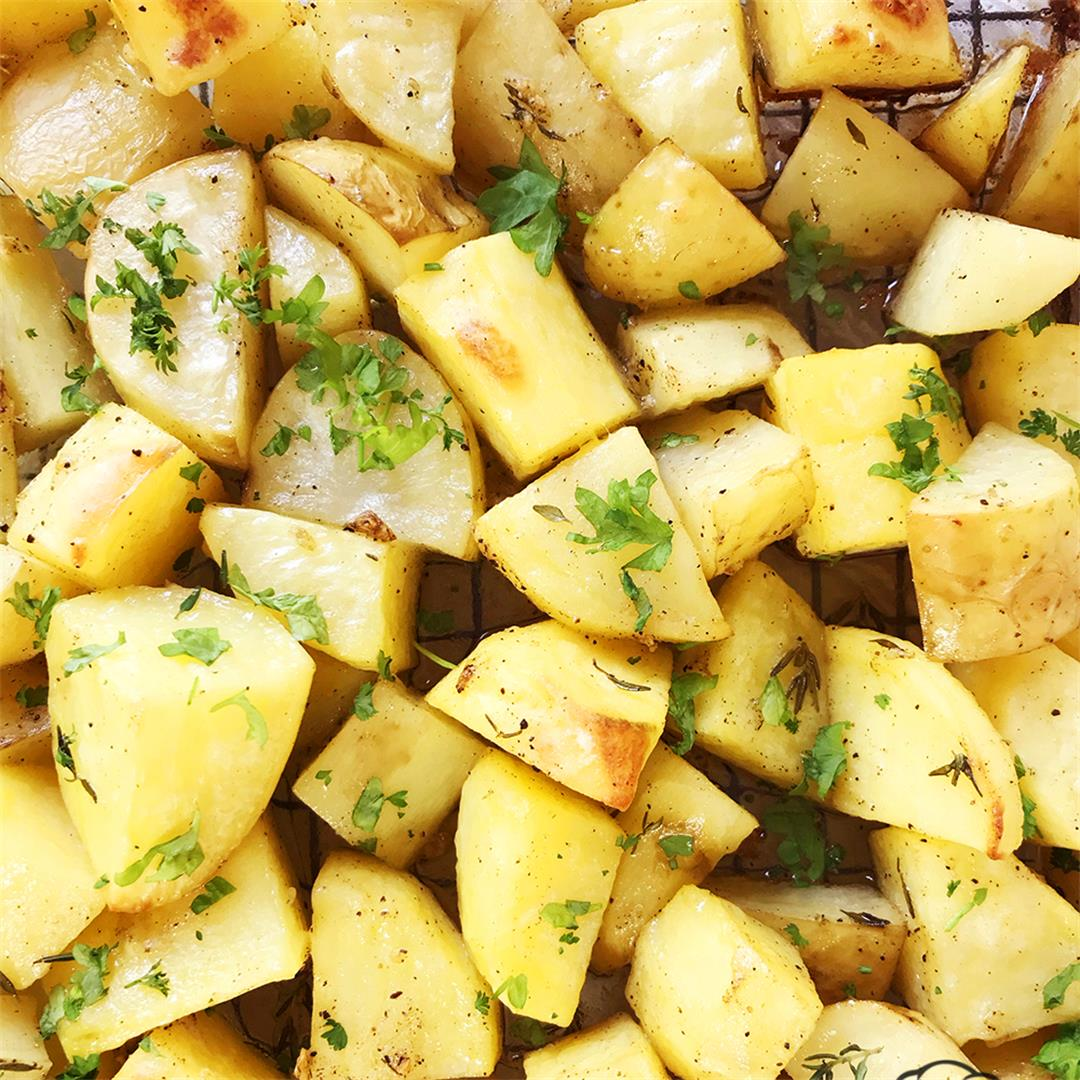 Easy Crispy Roasted Potatoes-Healthy life Trainer