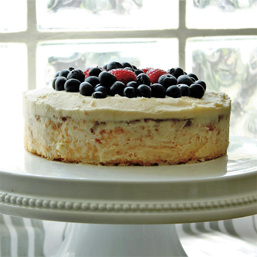 Summer Berry Cake (#The Cake Slice Bakers)
