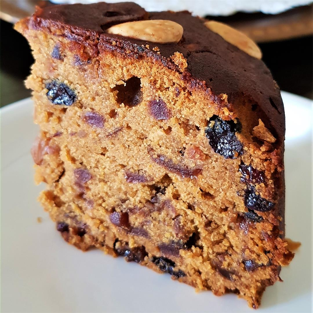 Christmas Cake/ Rich Fruit and Nut Cake/Plum Cake