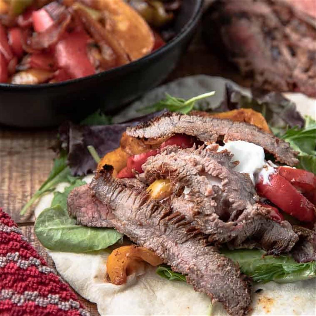 Easy Chipotle Grilled Steak Fajitas
