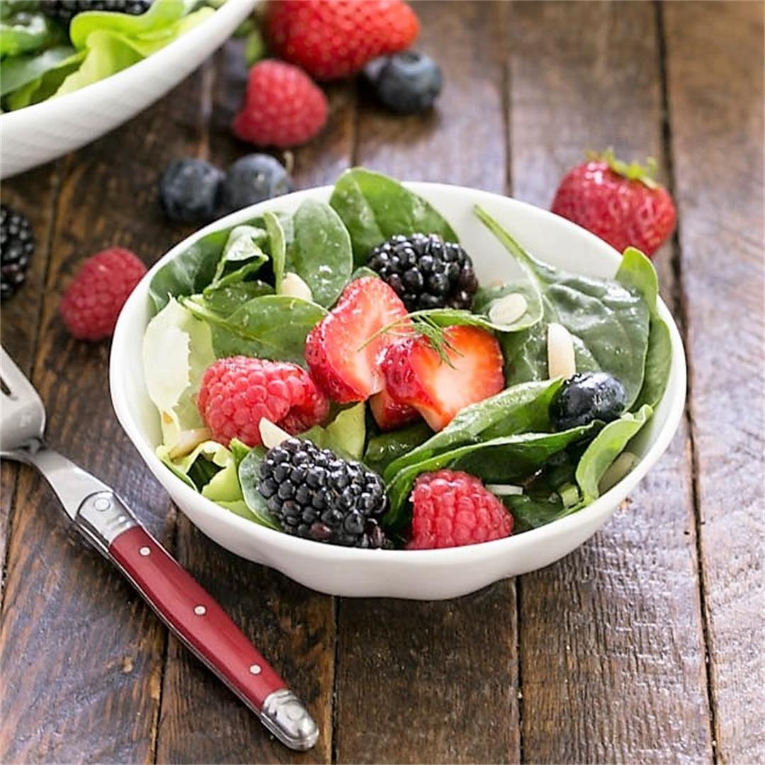 Spinach, Almond and Berries Salad