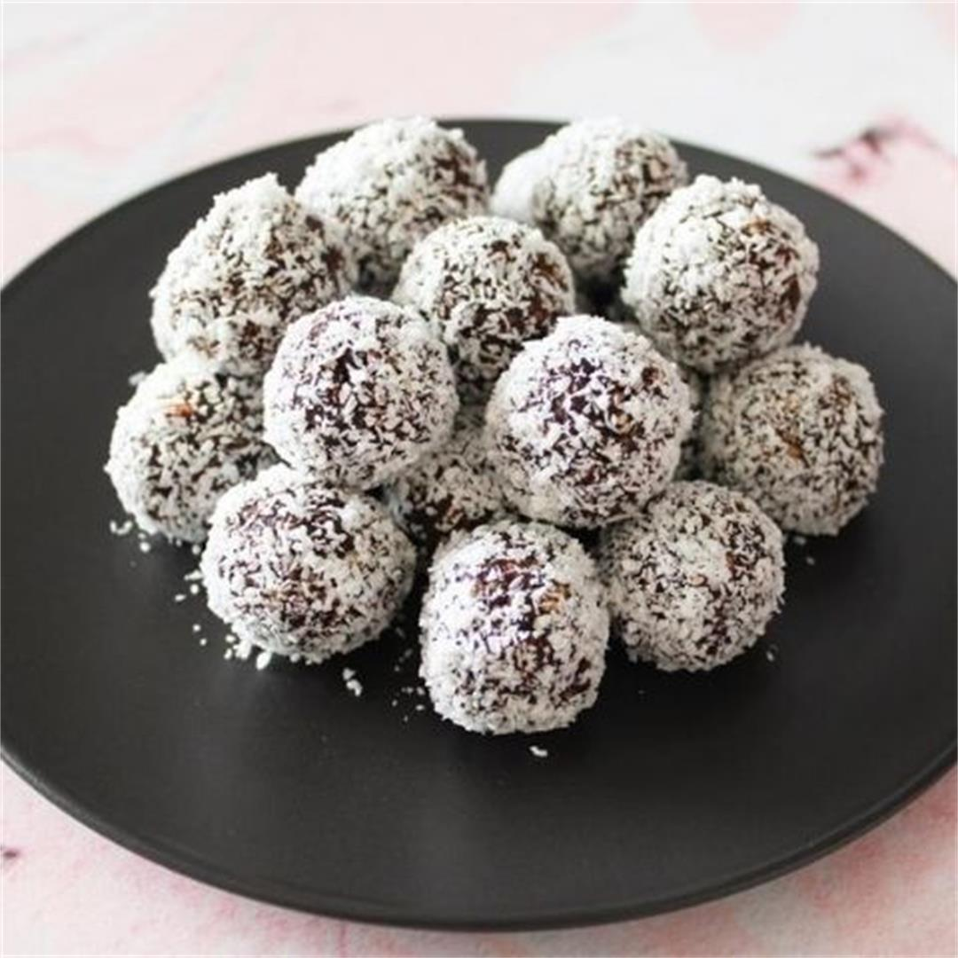 Chocolate Mint Bliss Balls - It's Not Complicated Recipes
