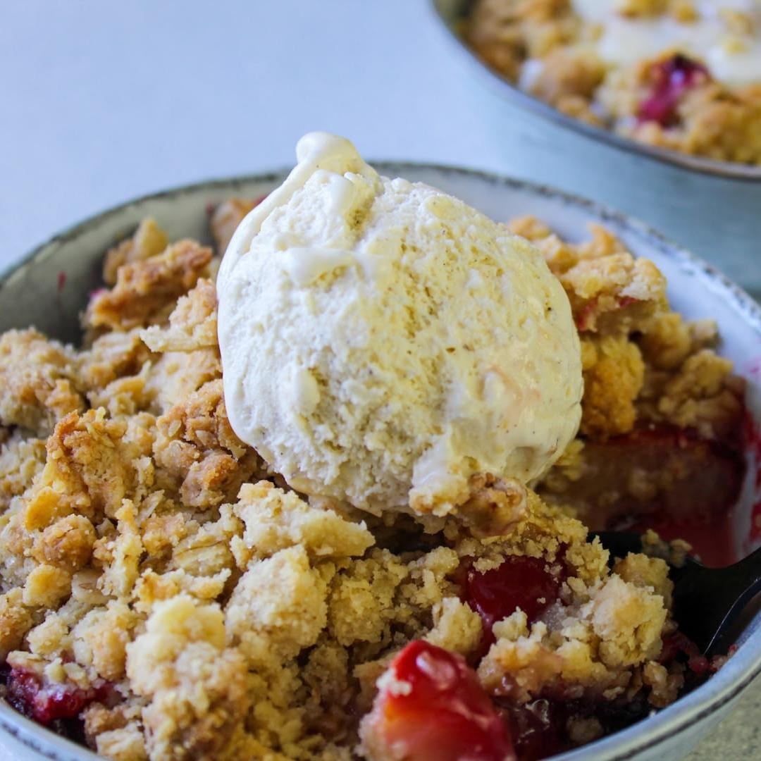 The best crumble topping for any seasonal fruit. %