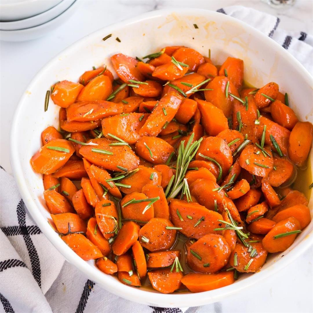 Rosemary Glazed Carrots Recipe (with Brown Sugar)