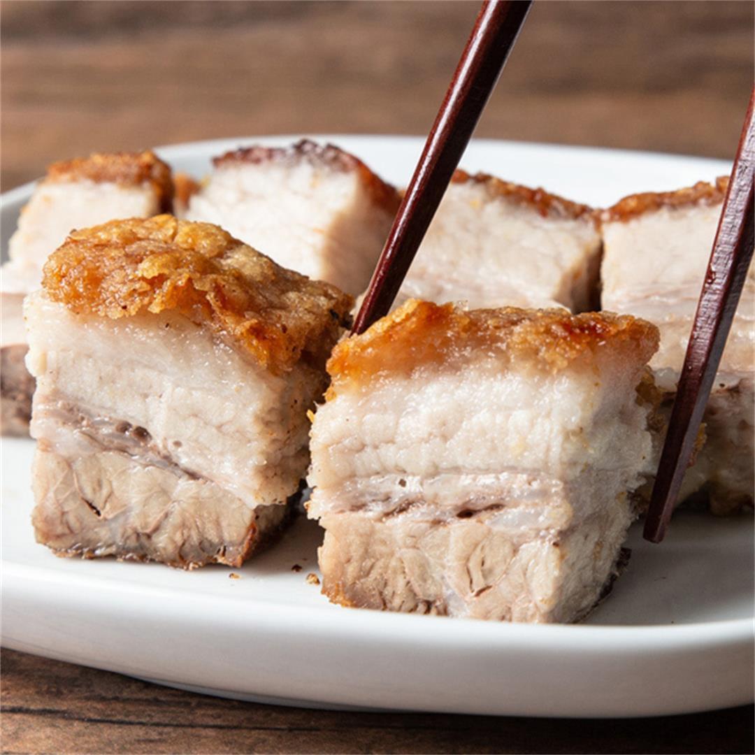 Instant Pot Ultra Crispy Pork Belly (脆皮燒肉)