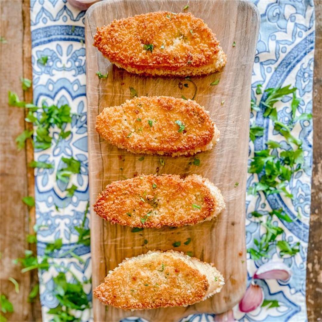 Mind-Blowing Crispy Garlic Bread