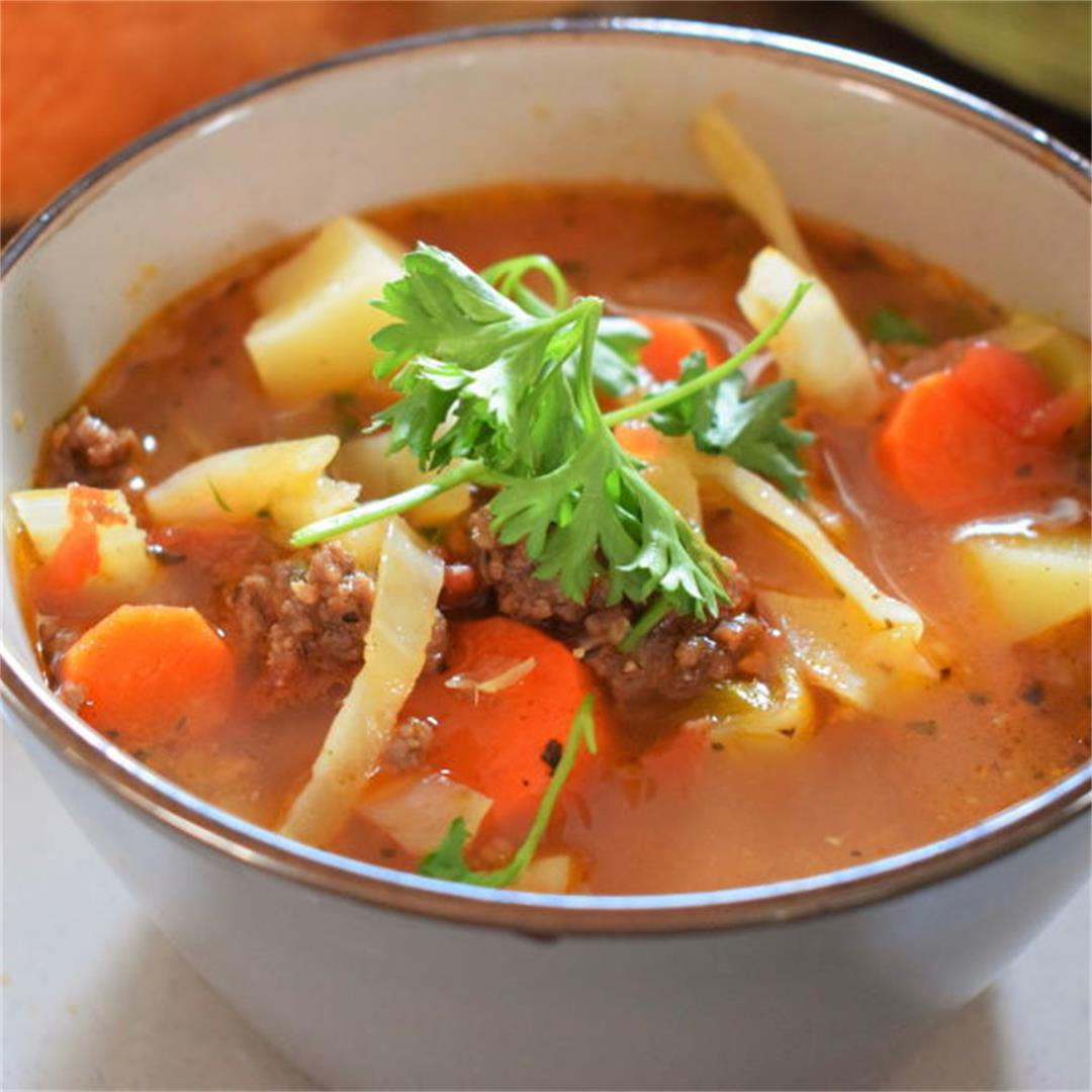 Hearty Beef & Cabbage Soup