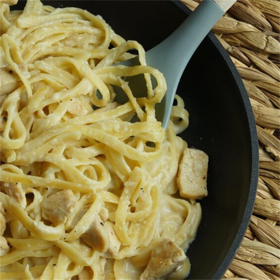 Skinny Chicken Alfredo — Land of 10,000 Recipes