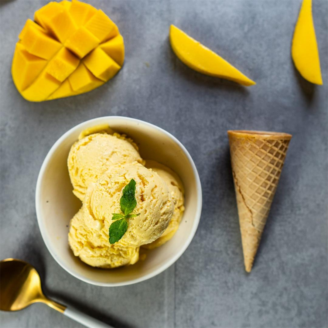 3-ingredients Mango ice cream (No machine, no eggs)