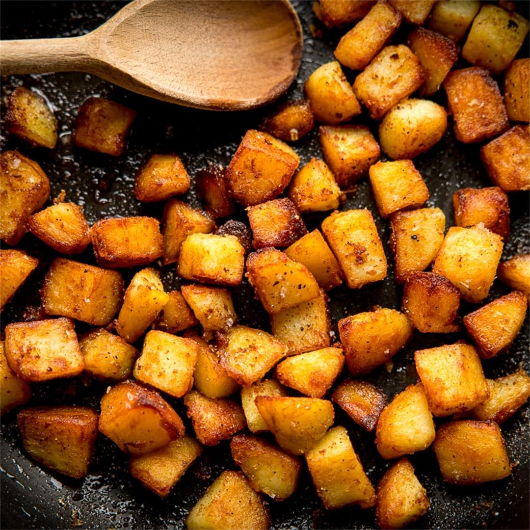 Sautéed Potatoes with Garlic
