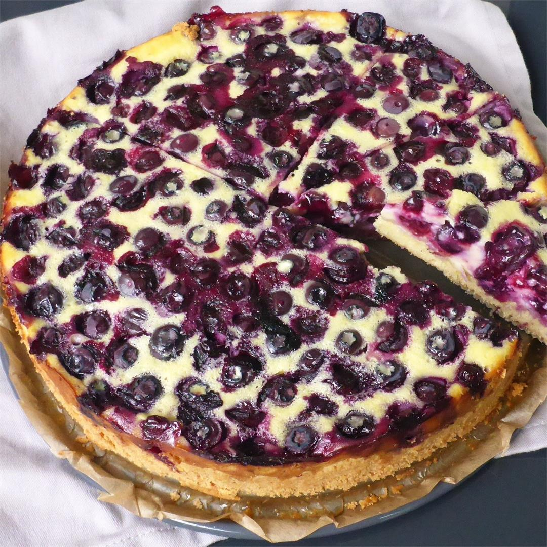 Easy German Blueberry Cheesecake