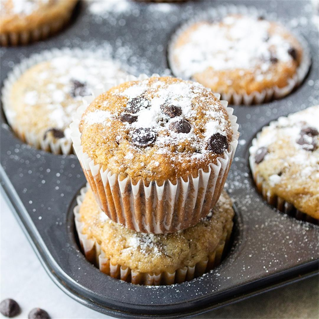 Easy Chocolate Chip Banana Muffins-Healthy life Trainer