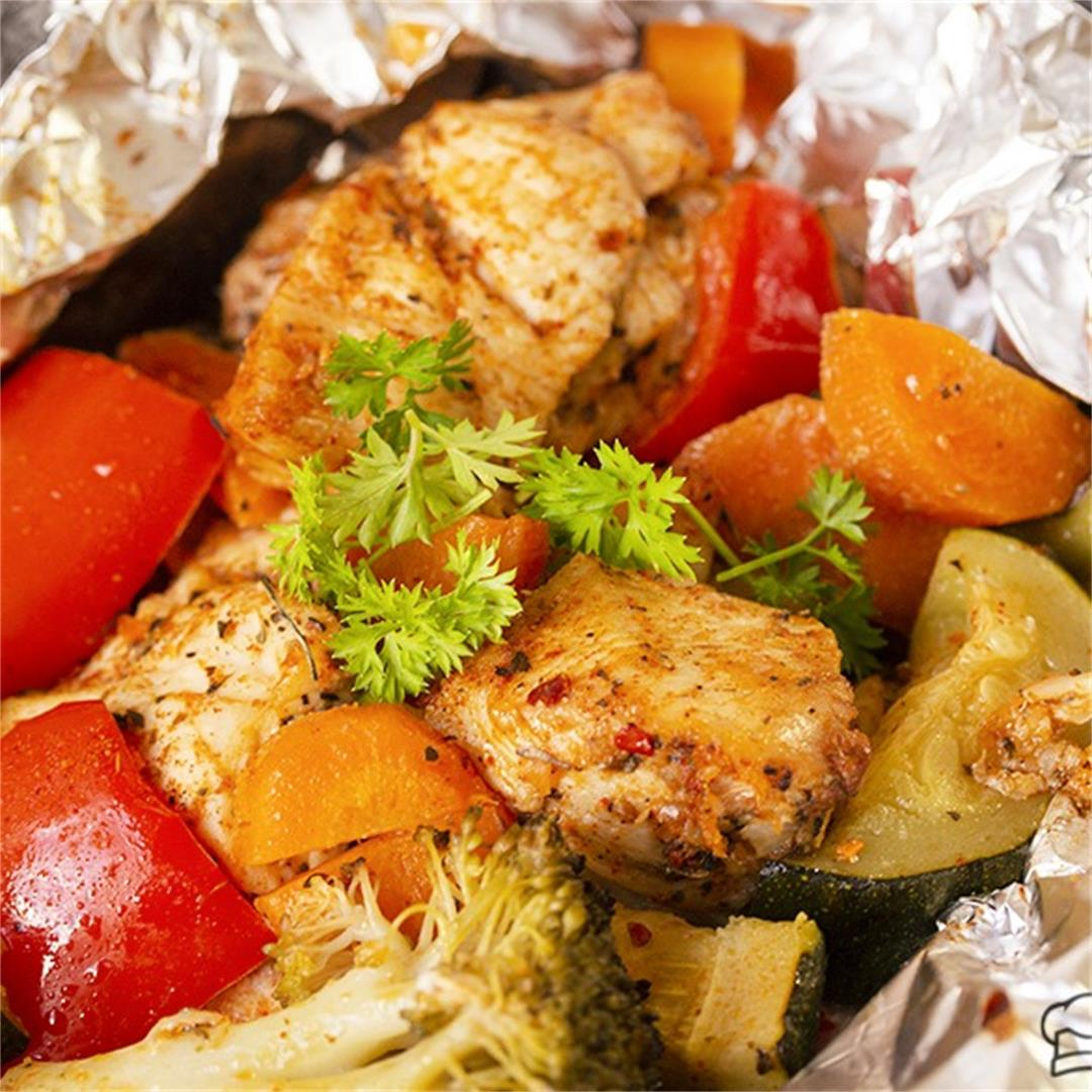 Foil Pack Cajun Chicken And Veggie Dinner-Healthy life Trainer