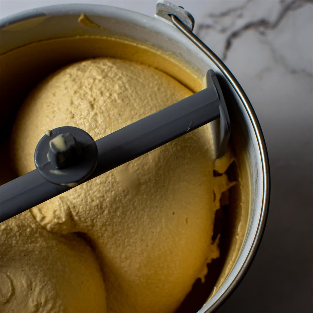Caramelised White Chocolate Ice-Cream