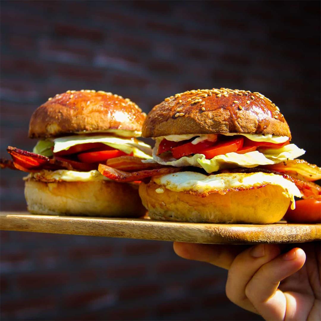 Crispy Bacon & Egg Breakfast Sandwich