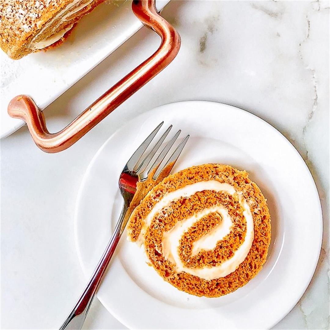 Maple Pumpkin Roll Cake