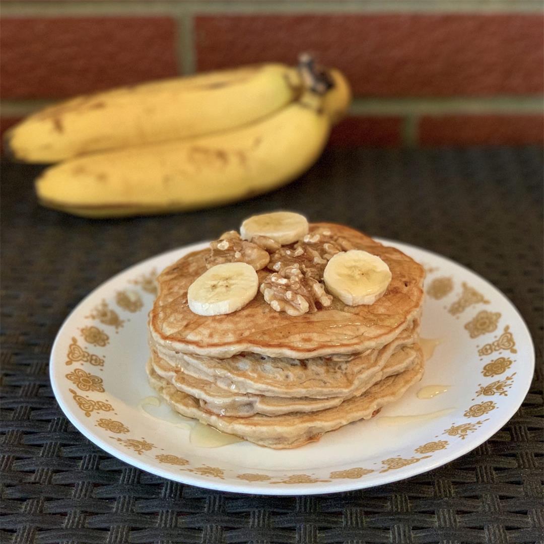 Banana Nut Pancakes (Vegan)