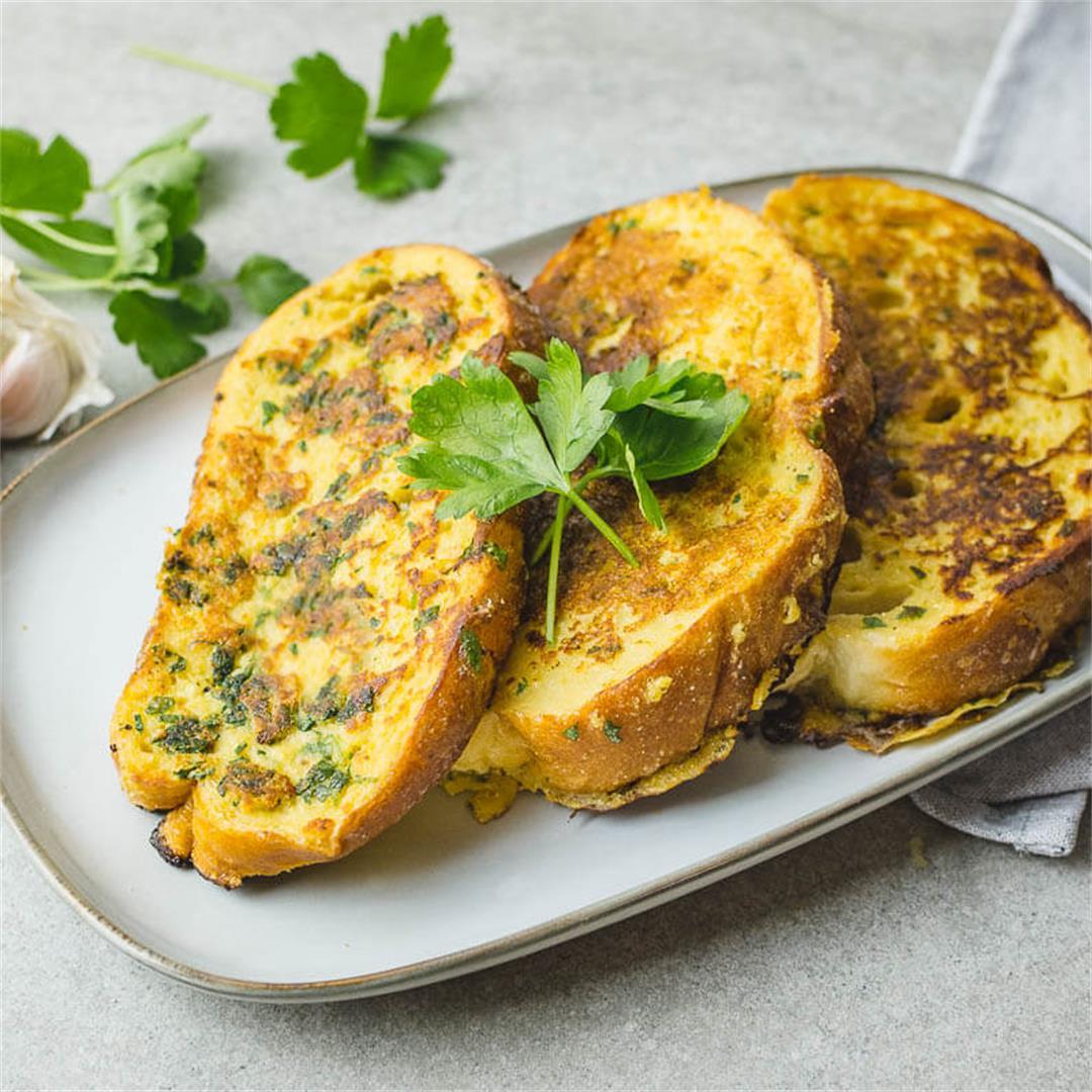 Garlic bread french toast (Vegan recipe)