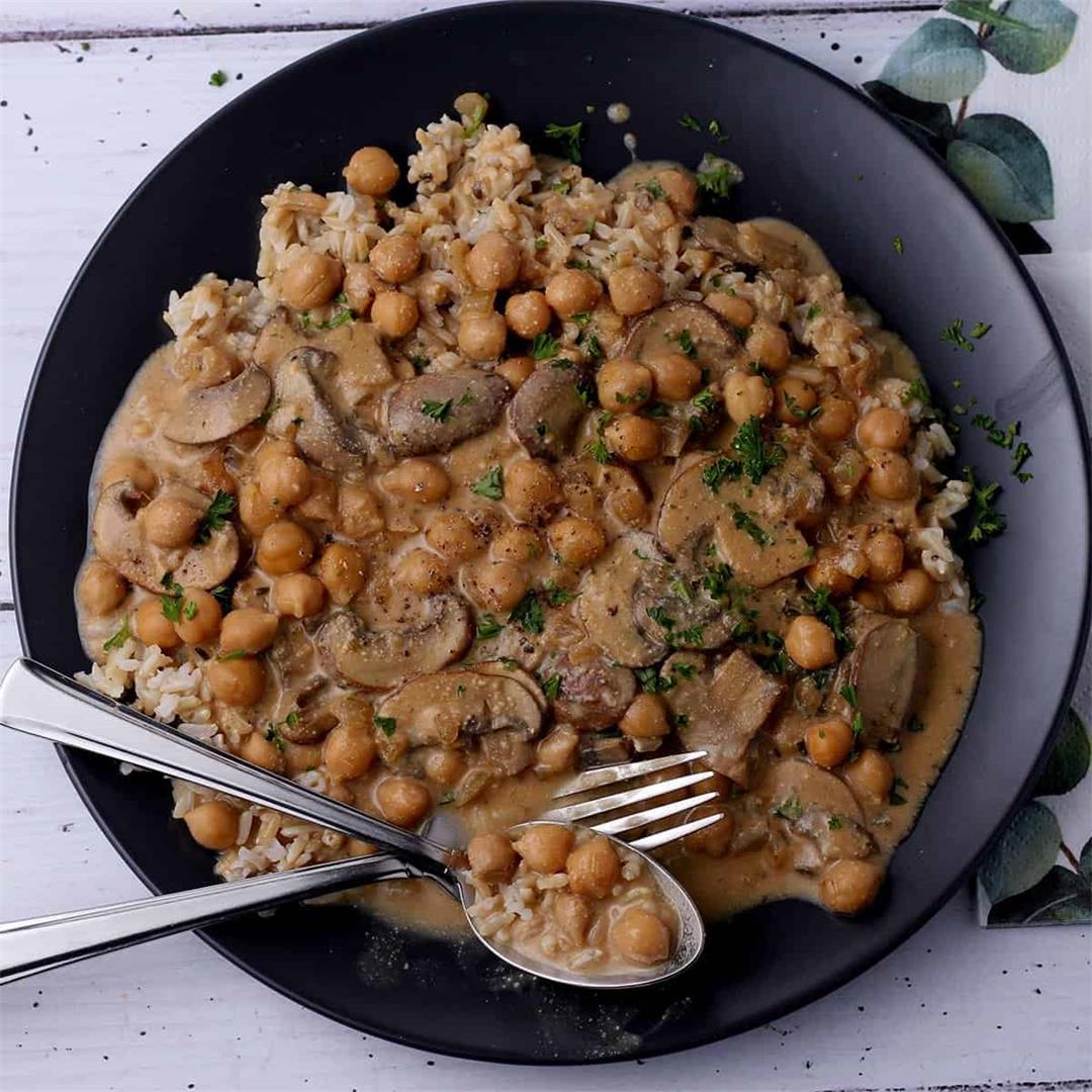 creamed chickpeas and mushrooms