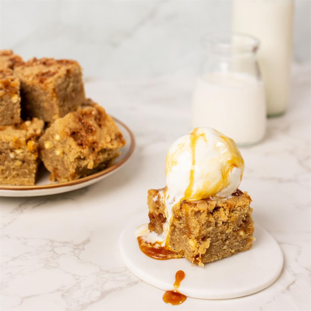 White chocolate and butterscotch blondies