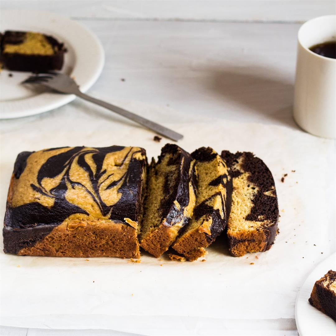 Simple Marble Cake Recipe with Oil