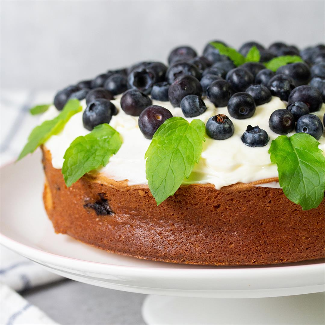 Blueberry White Chocolate Cake-Healthy Life Trainer