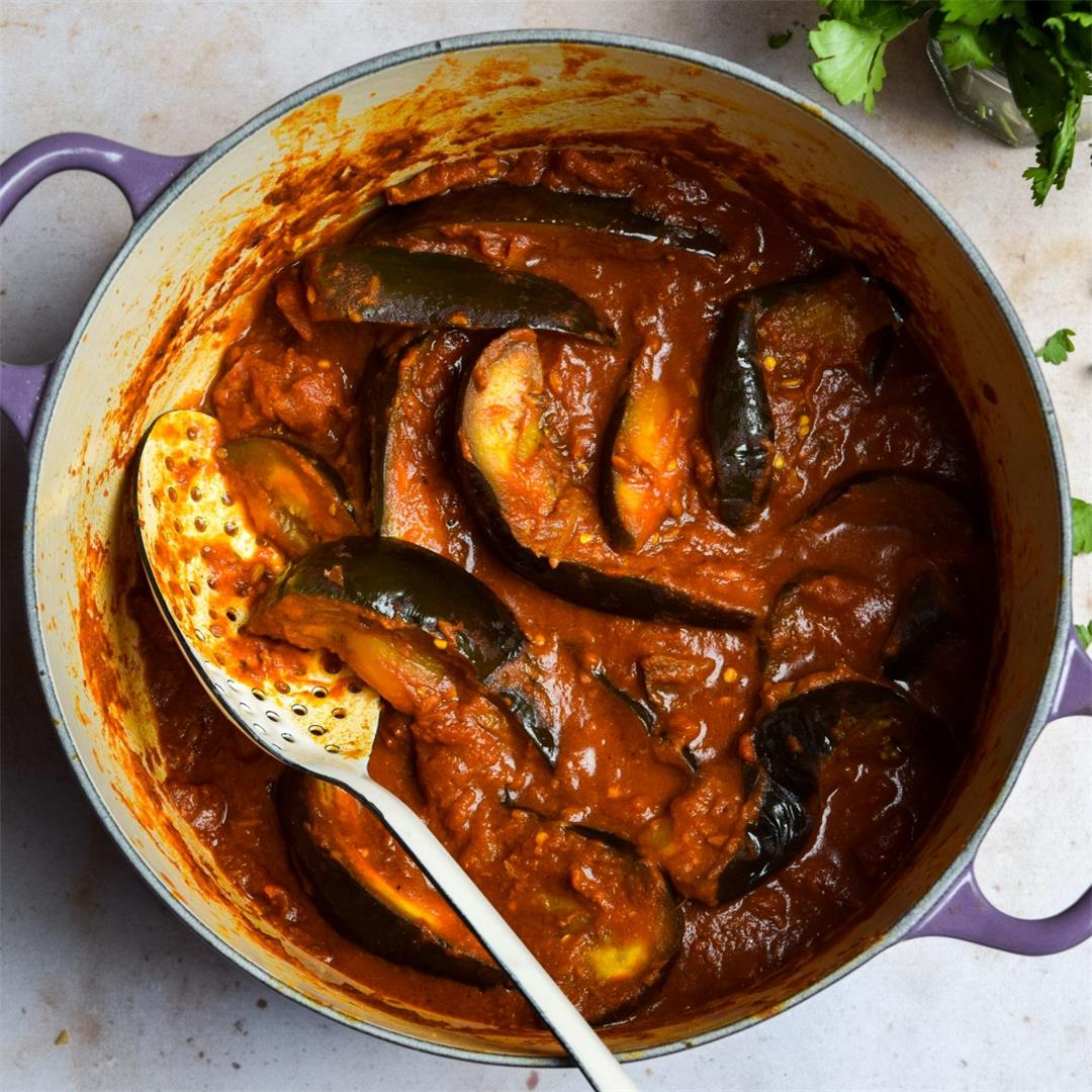 Vegan Tomato & Aubergine Curry
