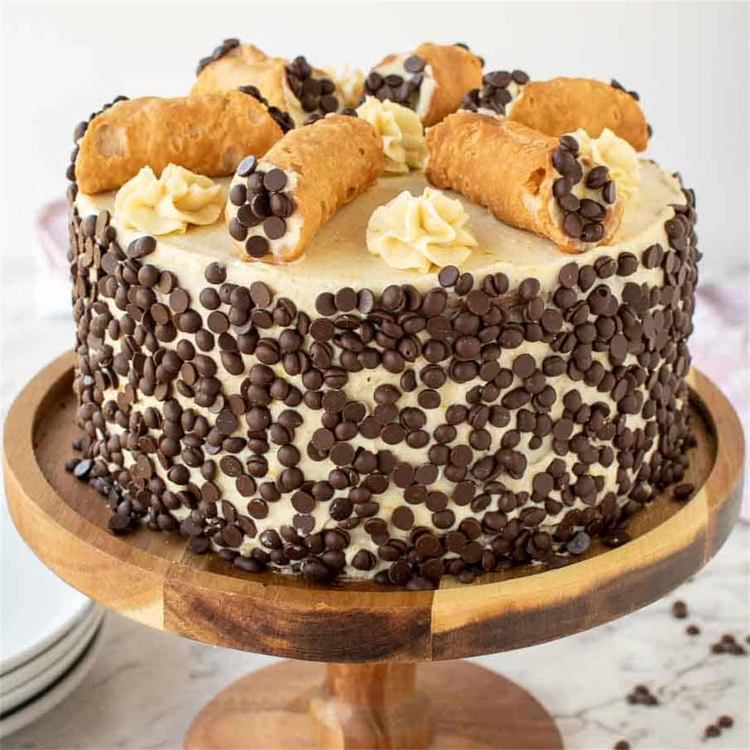 The BEST Homemade Cannoli Cake