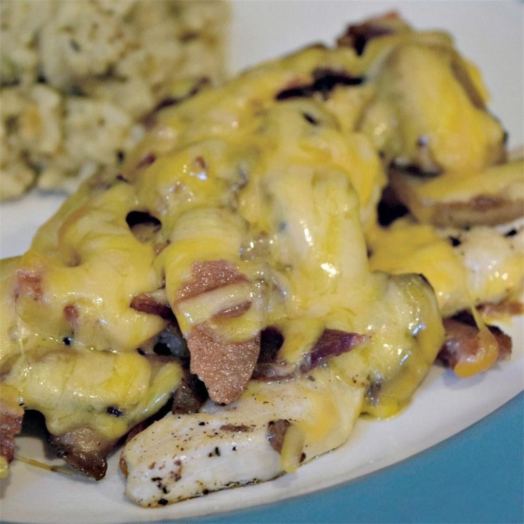 Cheesy Bacon And Mushroom Chicken