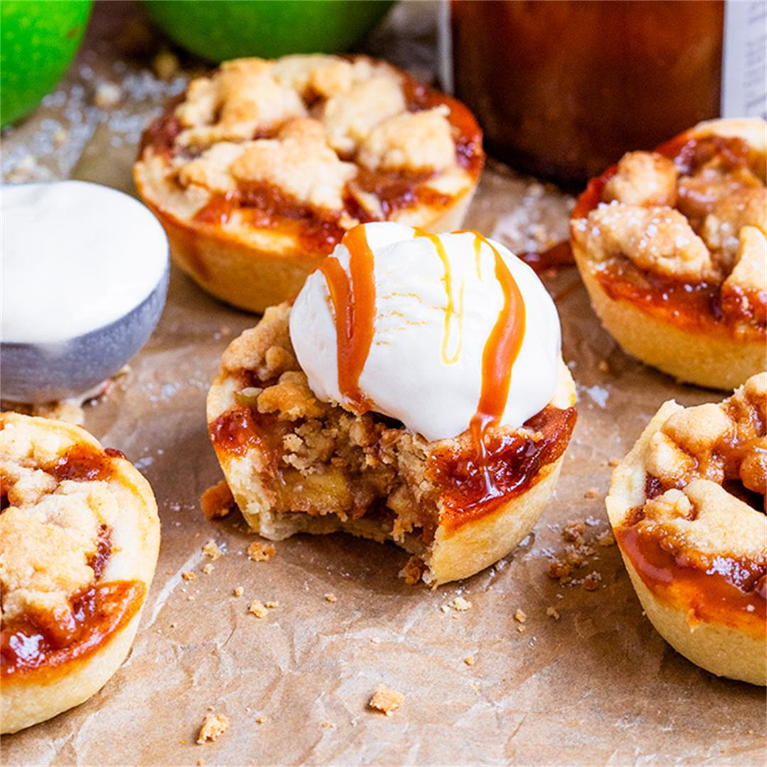 Mini Toffee Apple Crumble Pies