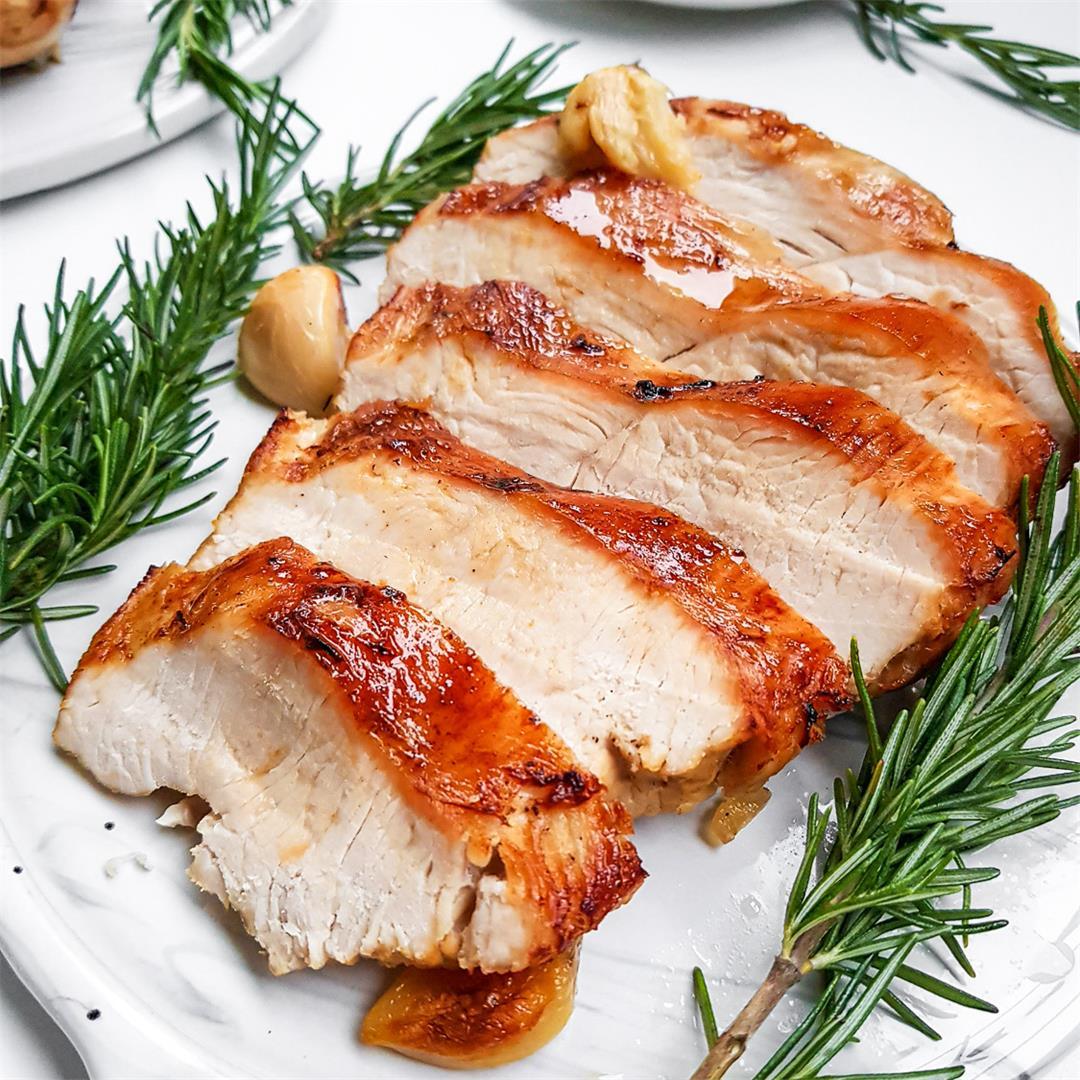 Juicy Roasted Turkey Breast