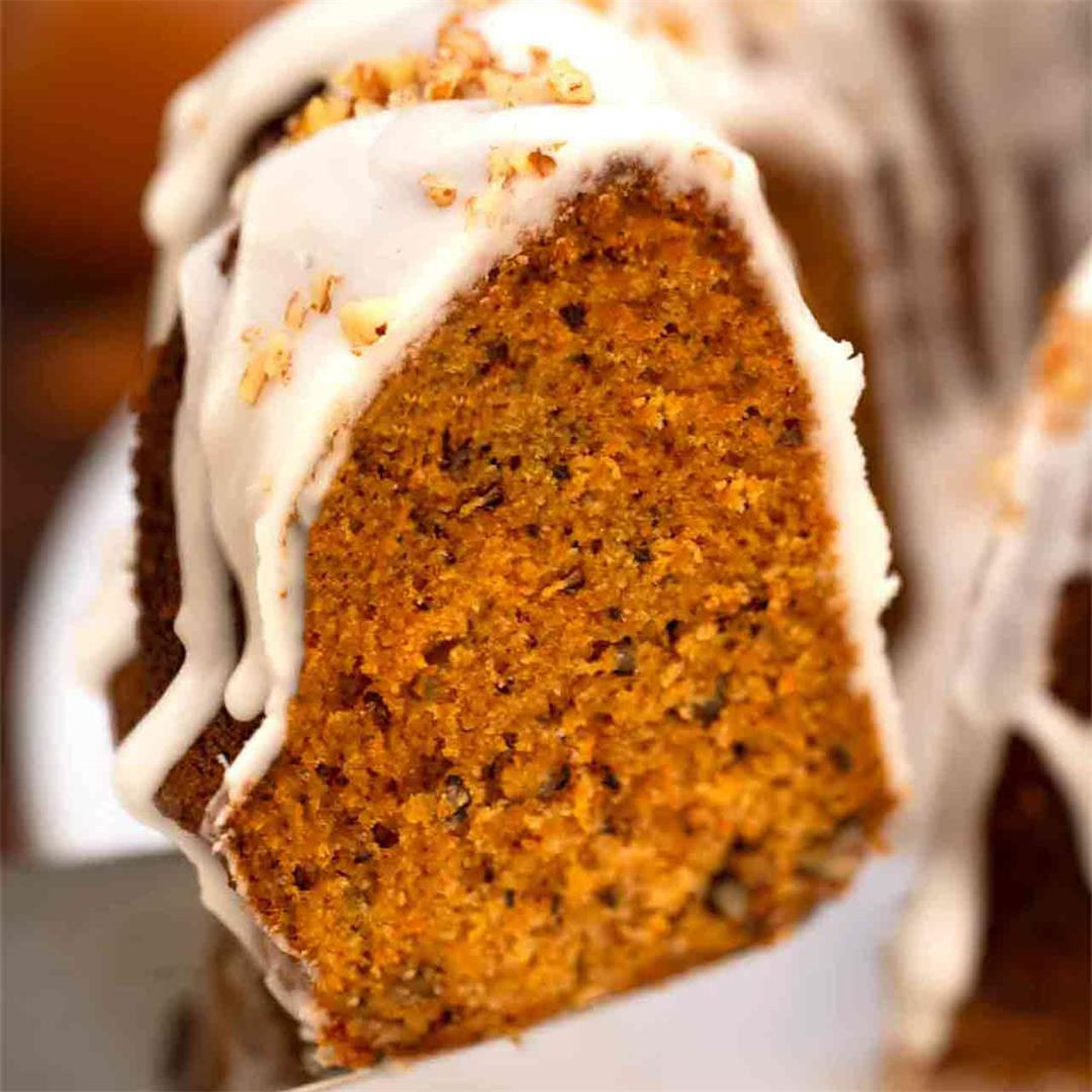 Pumpkin Bundt Cake [Video]