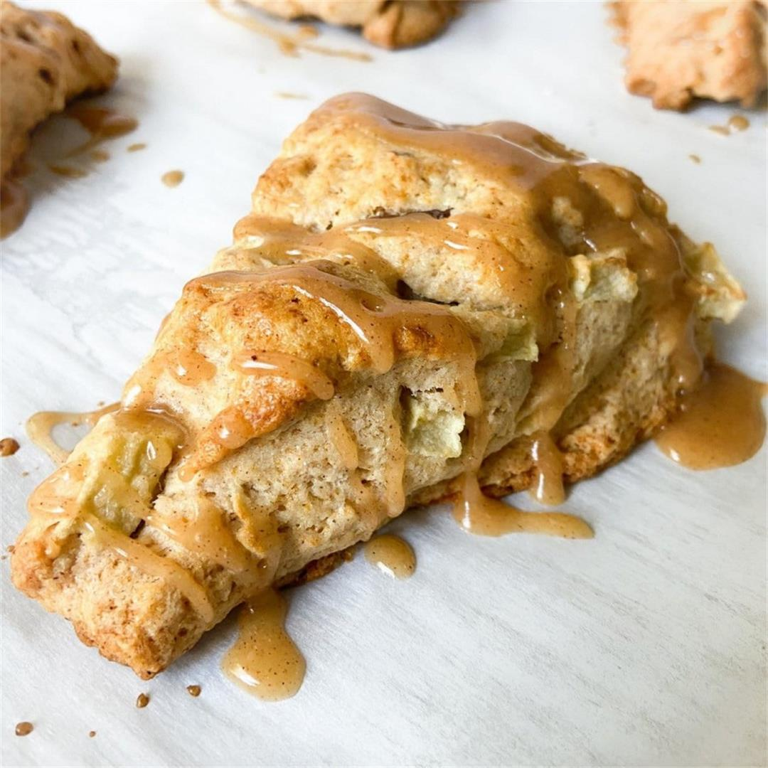 Apple Cinnamon Pecan Scones – The Sugary Logic Food Blog