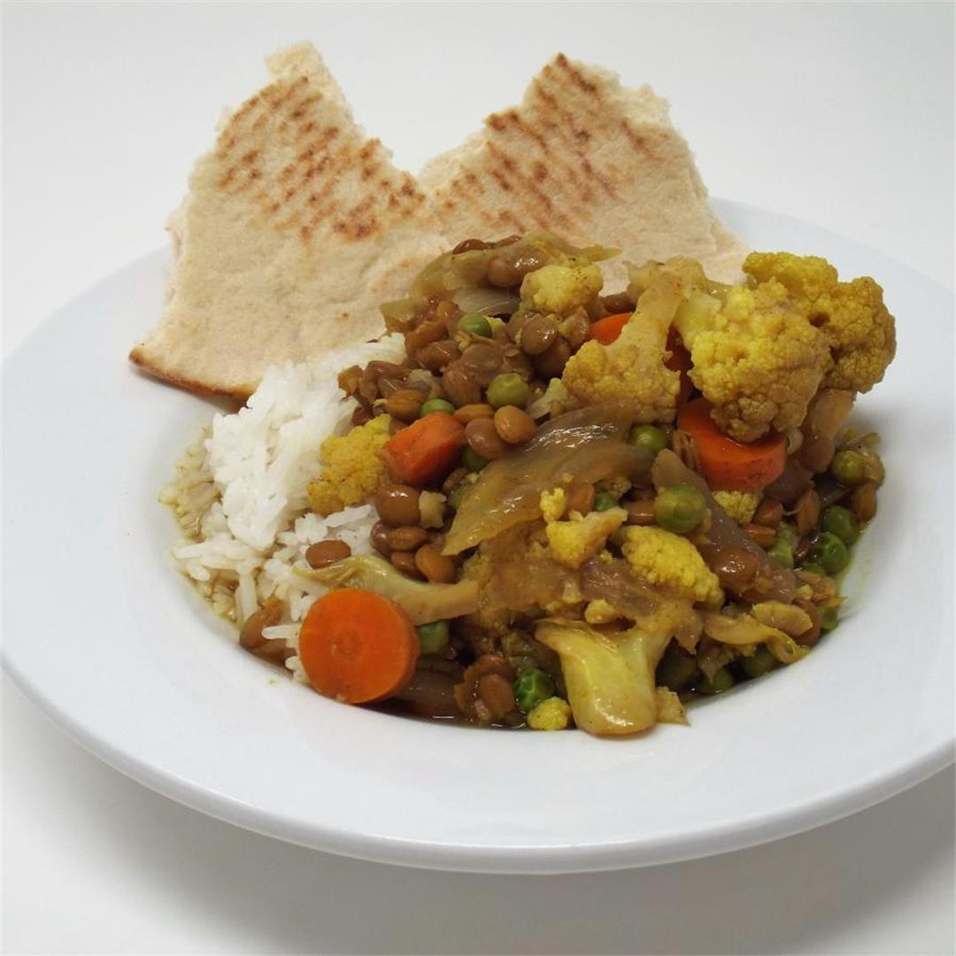 Slow Cooker Vegetable Curry with Lentils