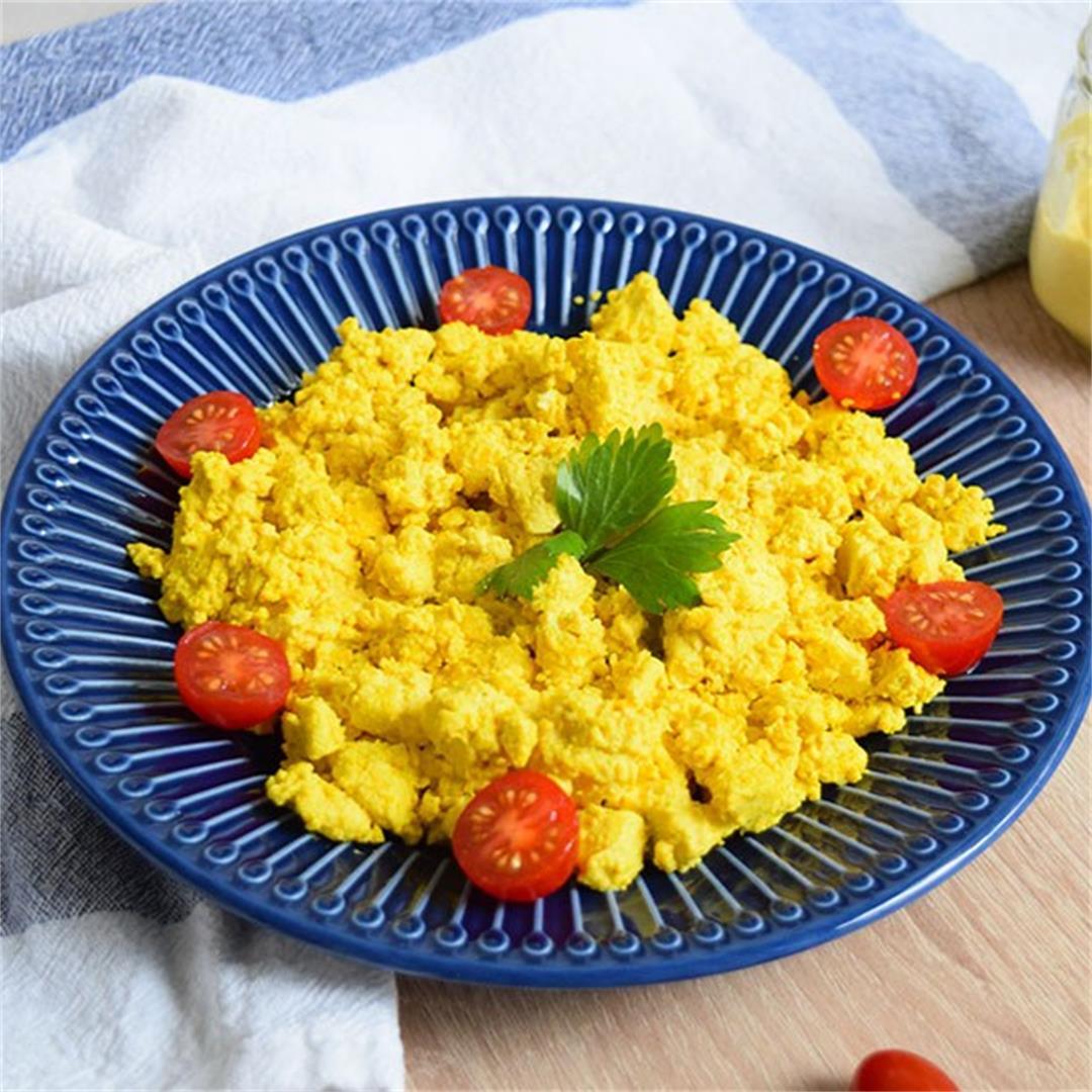 Vegan Scrambled Eggs