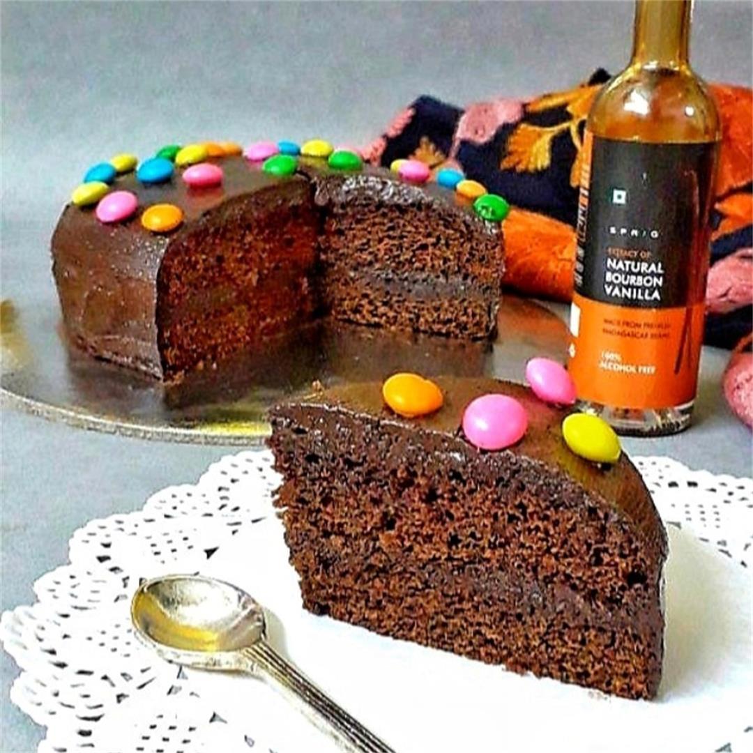 Eggless Chocolate Ganache Cake