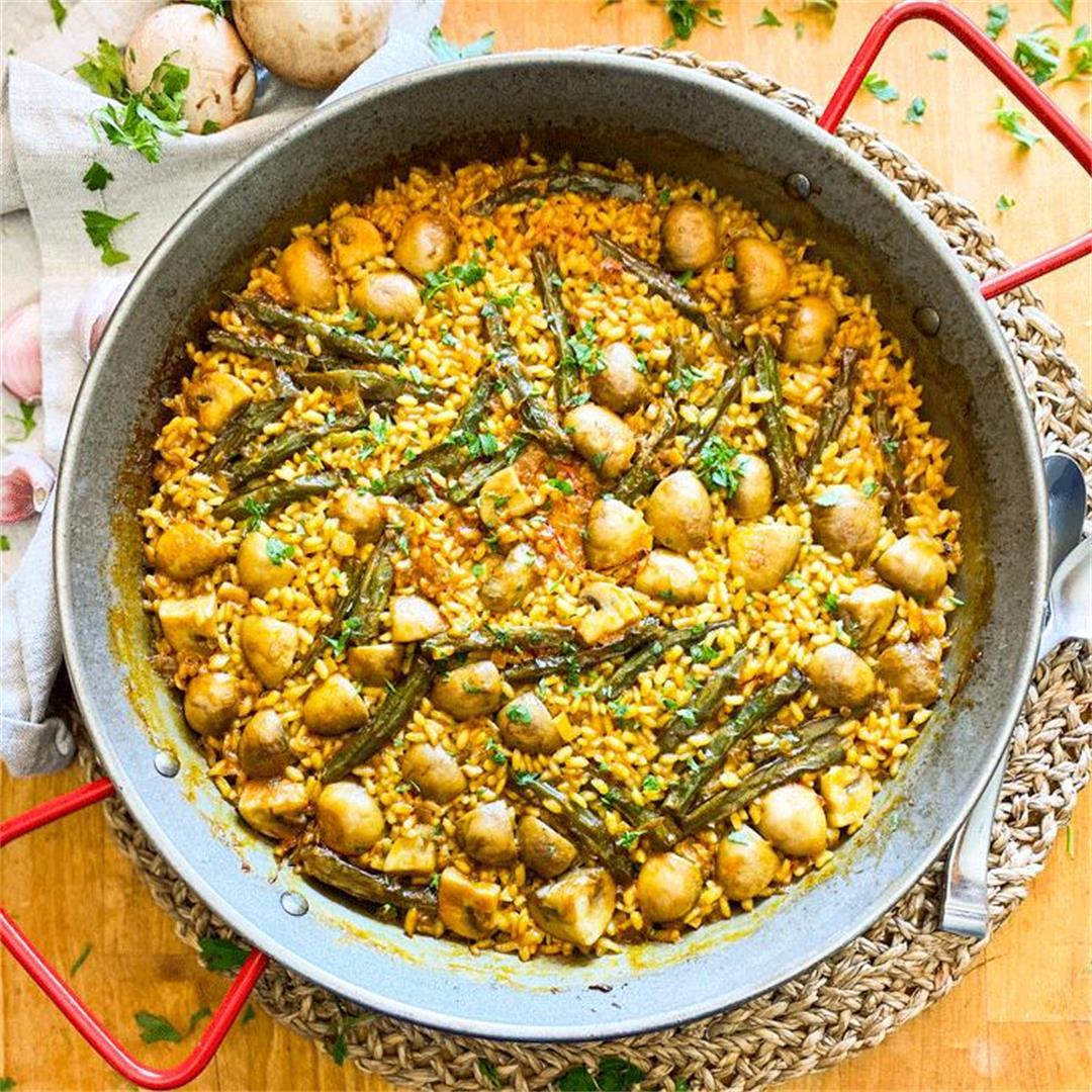 Spanish Mushroom Paella | The Meatiest Vegetable Paella