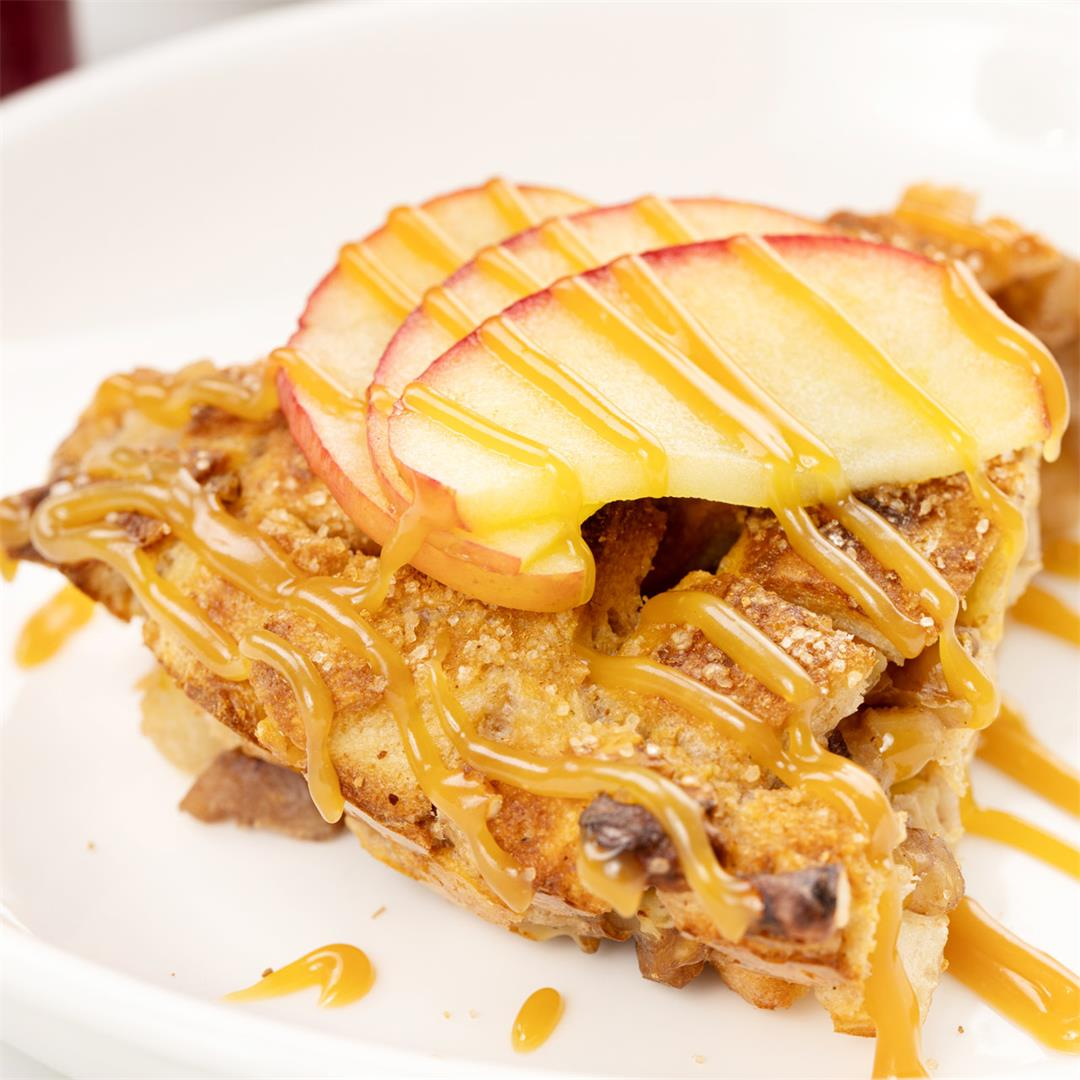 Homemade Bread Pudding Recipe With Apple and Delicious Caramel