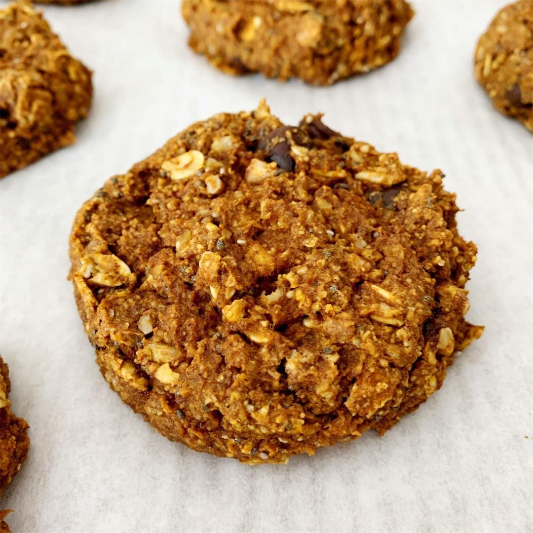 Easy Vegan Pumpkin Pecan and Oatmeal Cookies {gluten-free}