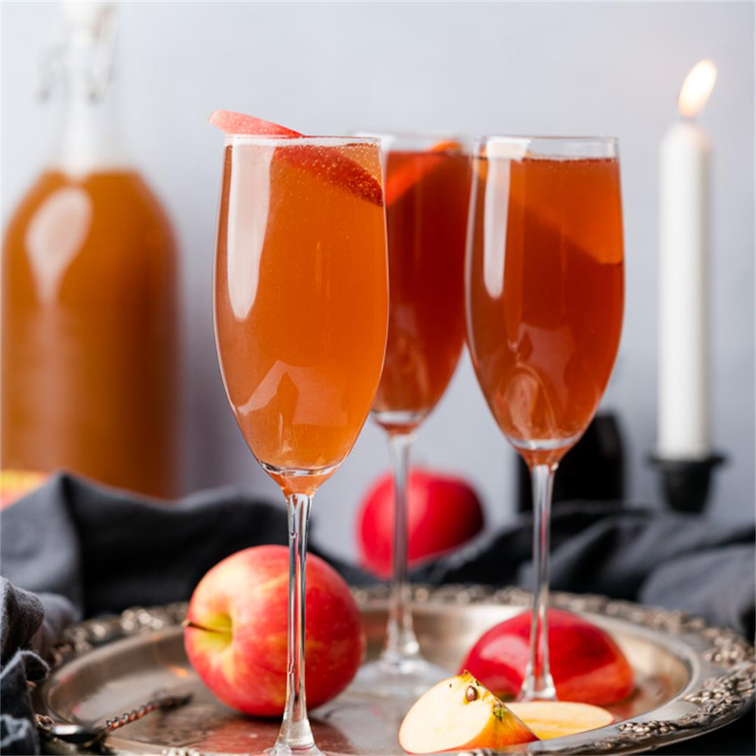 Low Carb Spiced Apple Cider Spritzer