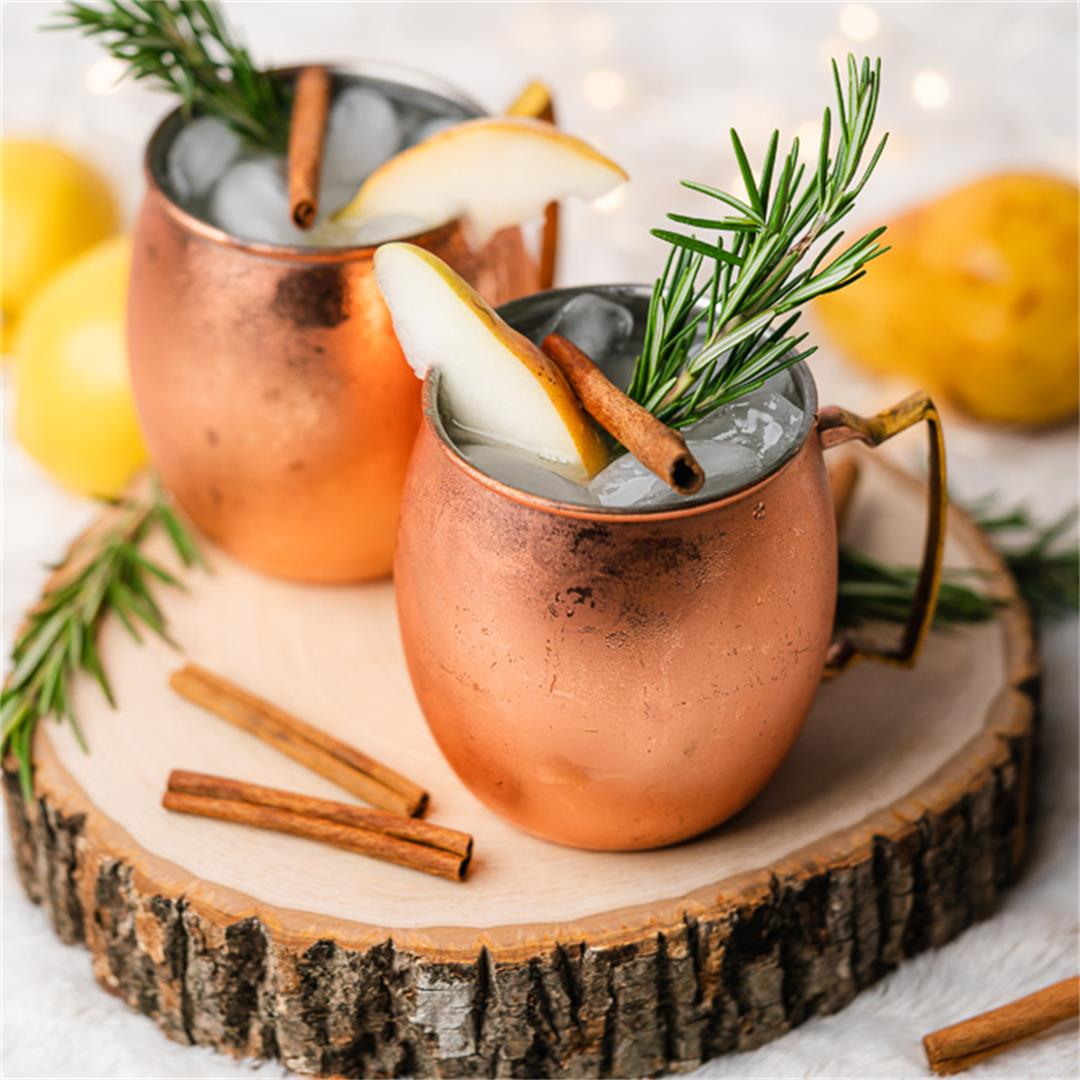 Low Carb Keto Spiced Pear Moscow Mule with Lemon