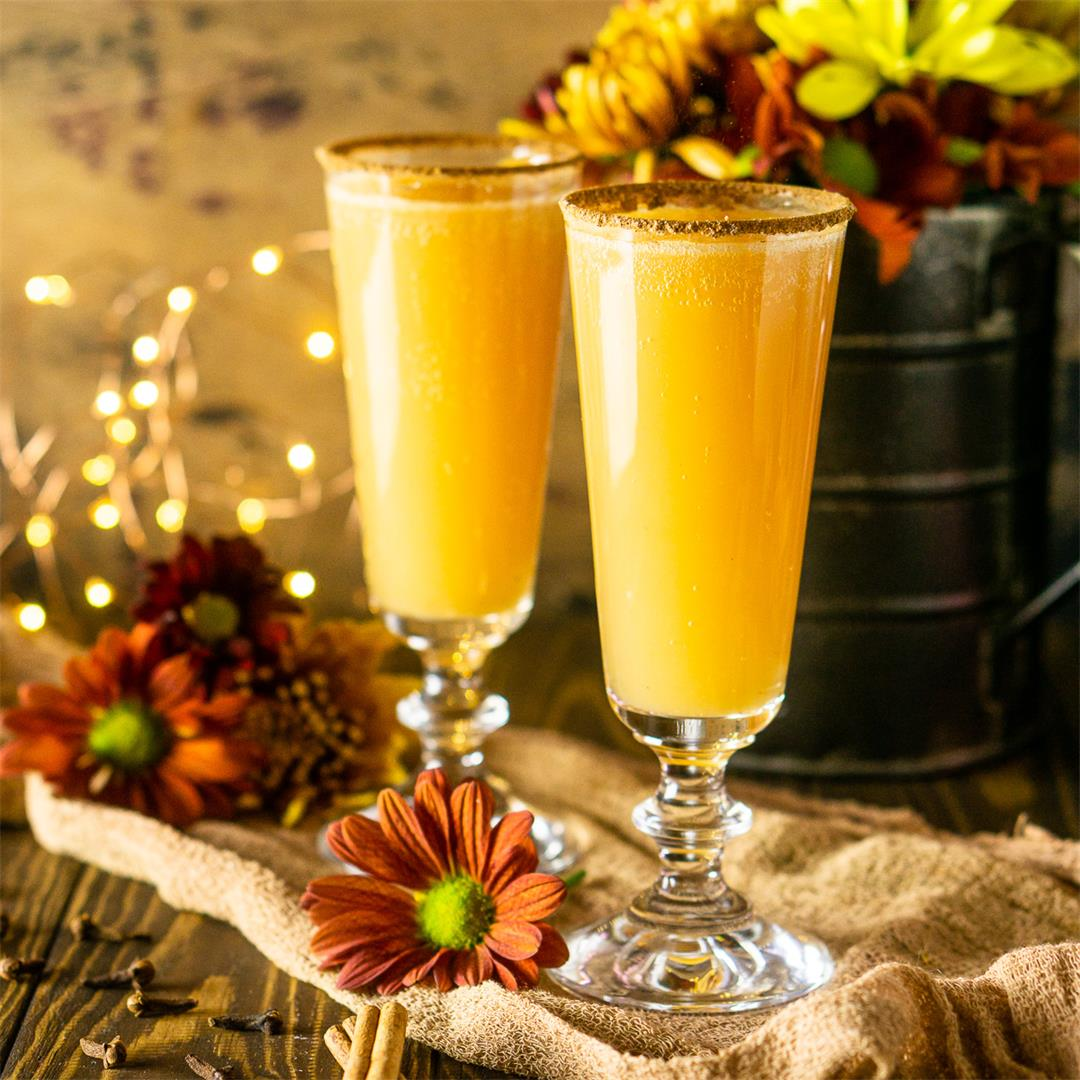Thanksgiving Mimosa With Spiced Orange Juice