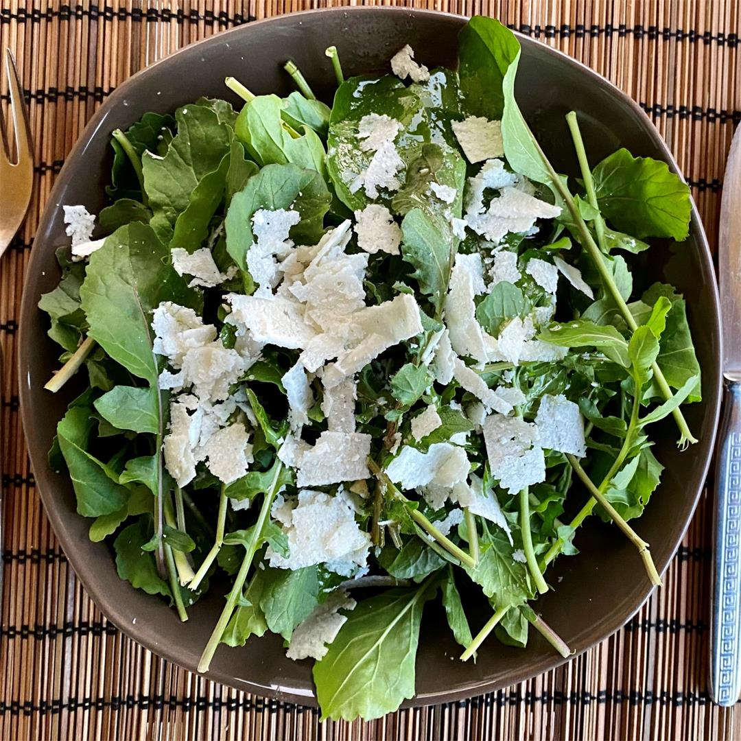 Simple 5 minute Rocket (Arugula) Salad with Shaved Parmesan
