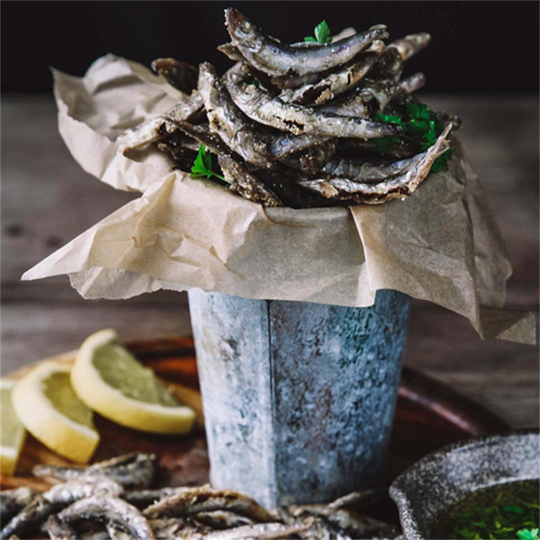 Norwegian Pan-Fried Smelt with Garlic and Parsley Dressing