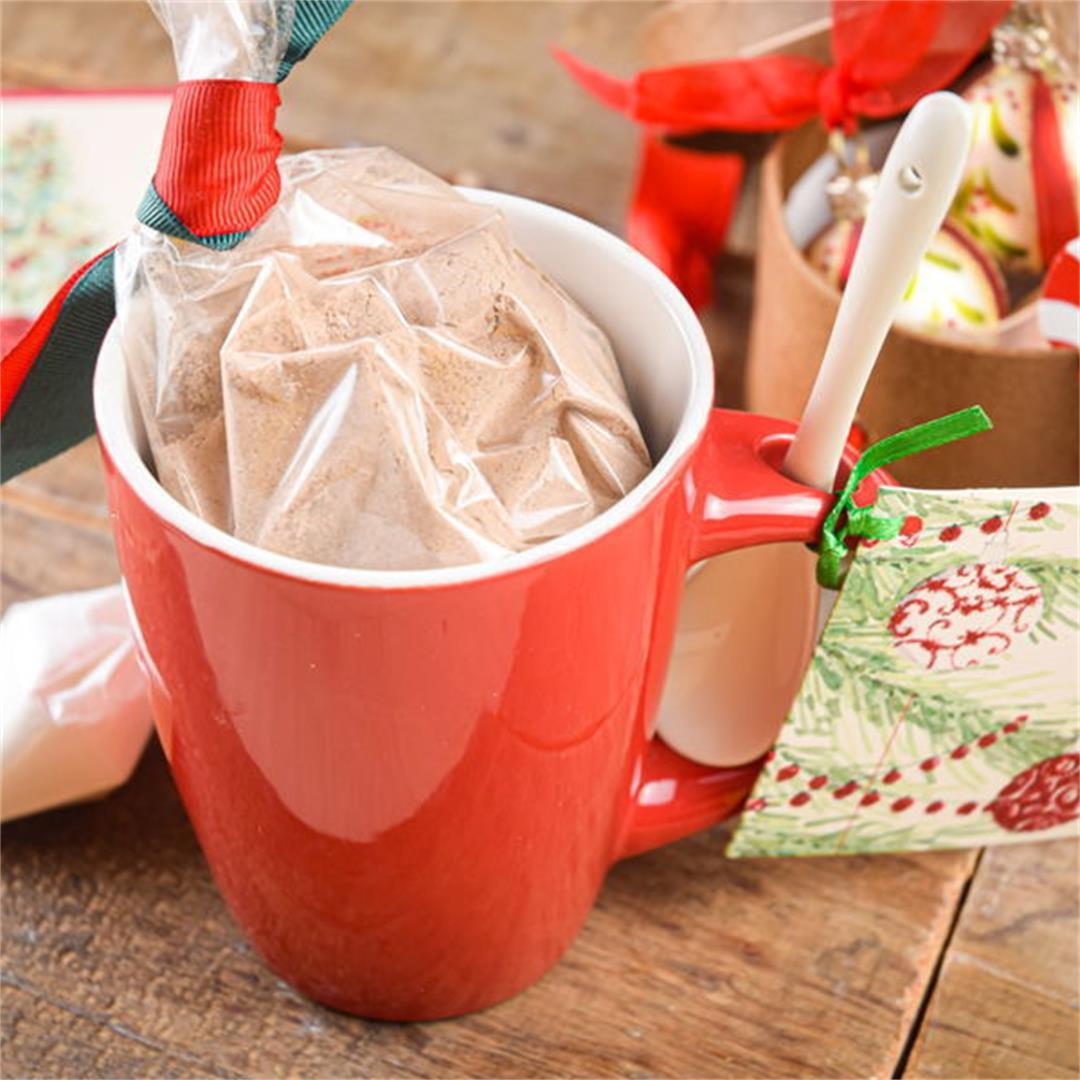 Food Gift Recipe: Fudgy Chocolate Mug Cake